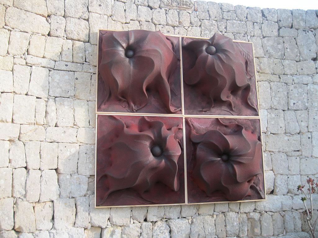 fiori-rossi-2016-quartetto-legno-tessuto-rena-resina-107x107-1